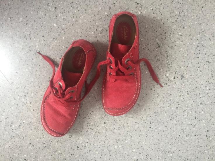 zapatosrojos.jpg